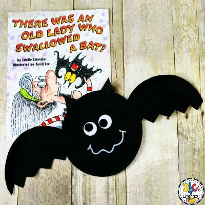 How To Make A Book-Inspired Paper Plate Bat Craft